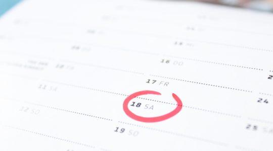 kuva kalenteri lehdeltä, ympyröity päivämäärä