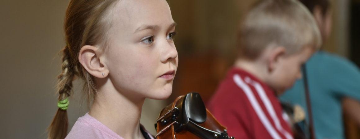 Oppilas ja viulu